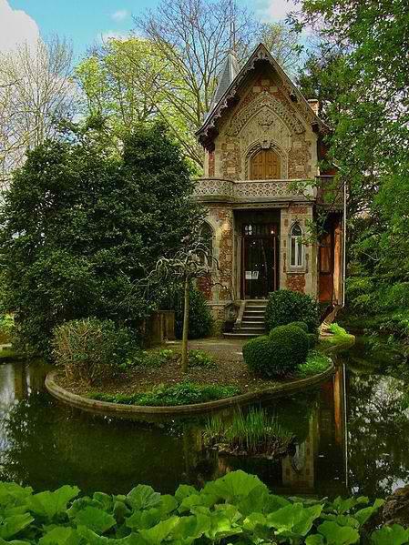 Дом  писателя Александра Дюма, Франция