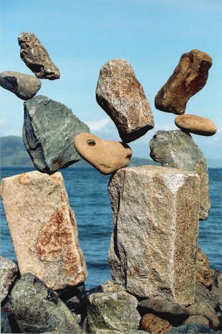 Баланс.  Камни. Равновесие.