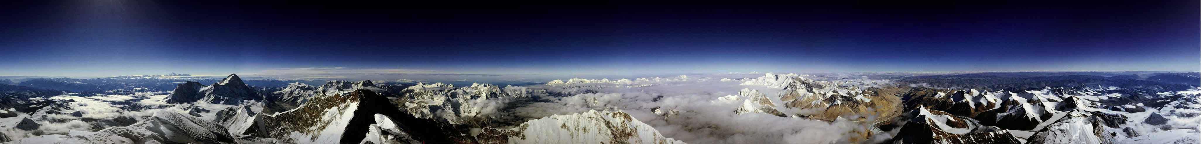Панорамный вид с Эвереста