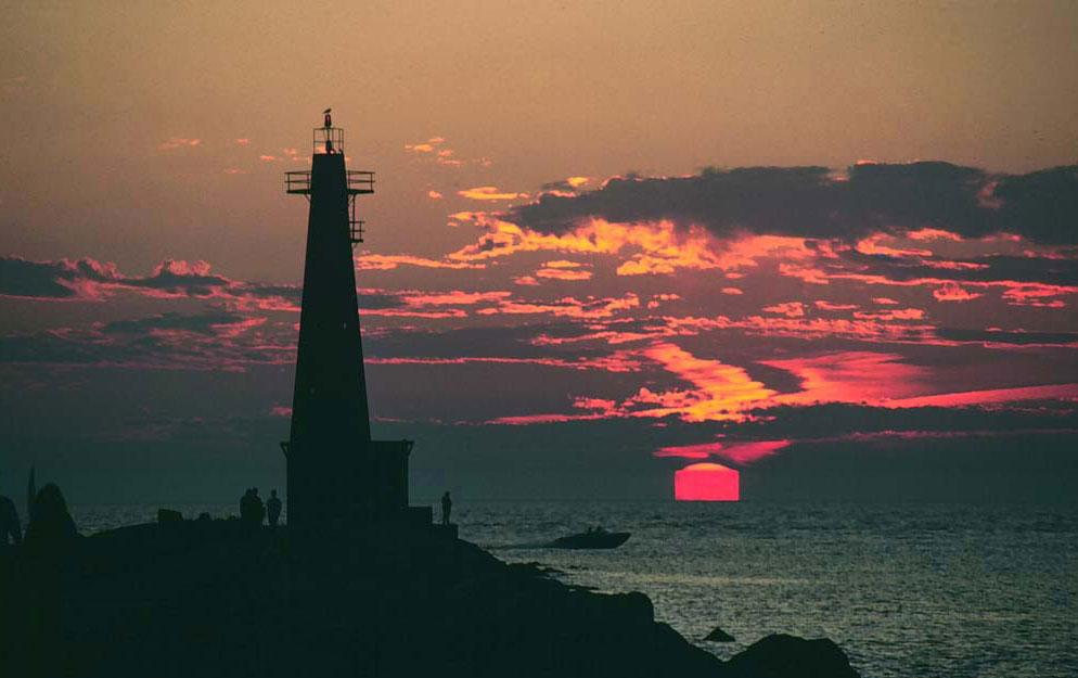 Квадратное Солнце над Мичаганом
