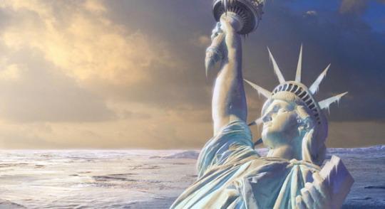 замерзшая статуя свободы