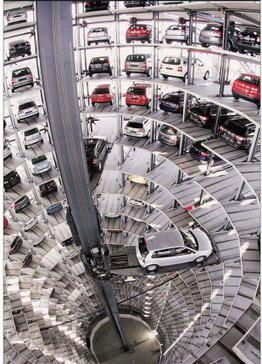Парковка в Германии Volkswagen Polo