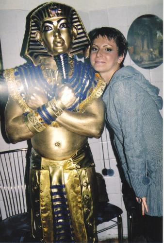 живая скульптура фараона