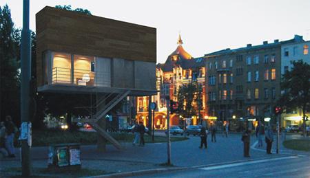 Архитектурное бюро предлагает одно из своих решений для маленьких жилых площадей прямо на рекламном щите — в нем есть все, что нужно для отдыха — освещение, шторы, спальное место и даже телевизор. Эх, не видели они наши однокомнатные квартиры!