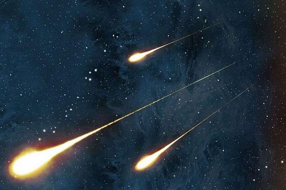 Сегодня, 12 августа, с 21 (по москве) и до полуночи наблюдаем звездопад Персеид, до 100 метеоров в час.