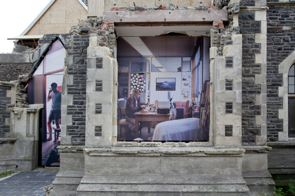 Иллюзии умирающих зданий