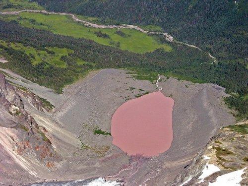 Пыльное розовое озеро (Dusty Rose Lake), Канада