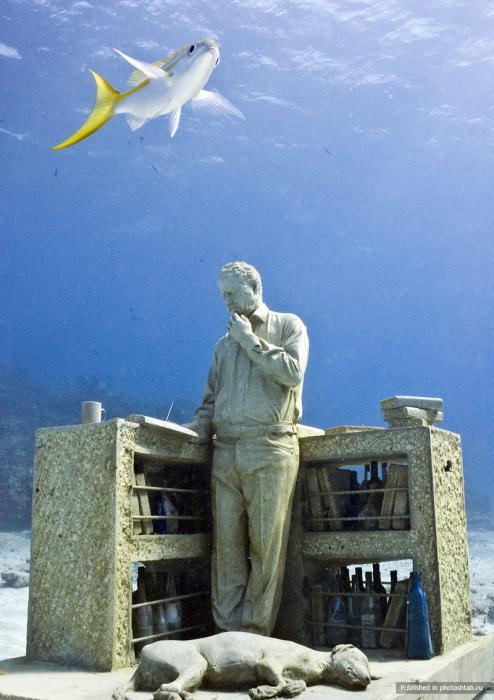 рис.4. Подводный музей в Мексике