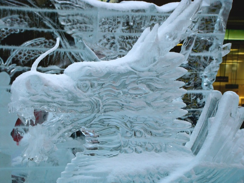 рис.2. Снежный фестиваль в Саппоро в Японии