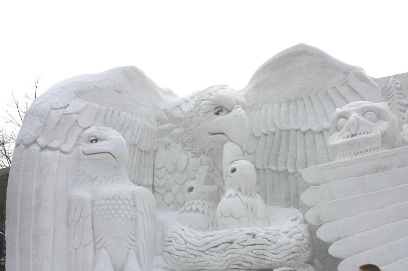 рис.25. Снежный фестиваль в Саппоро в Японии