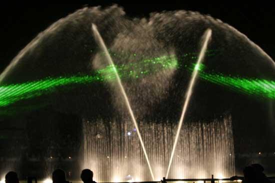Танцующие фонтаны: Рис.7