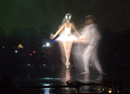 Танцующие фонтаны: Рис.12