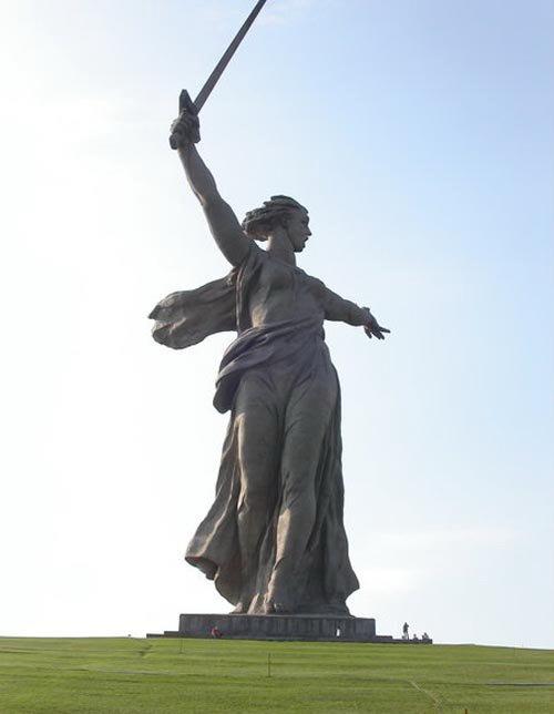 Самые высокие статуи: Рис.1