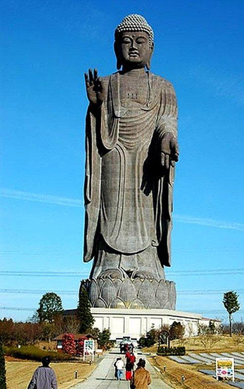 Самые высокие статуи: Рис.5