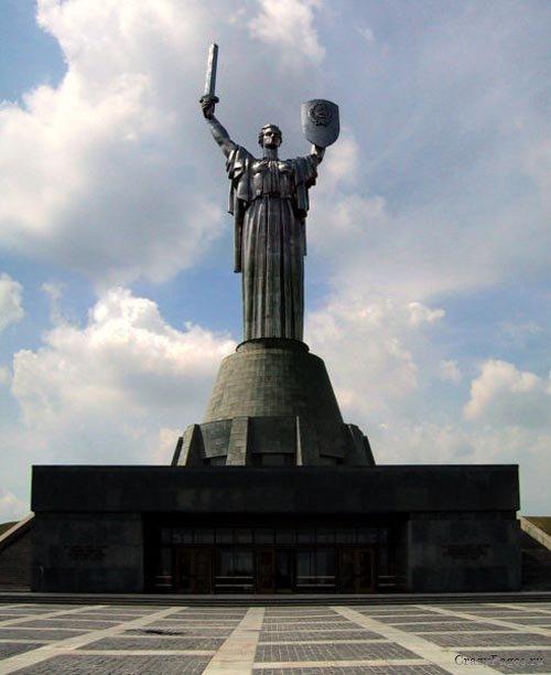 Самые высокие статуи: Рис.7