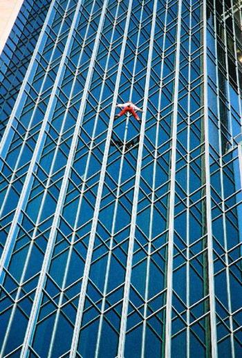 Скалолаз небоскребов: Рис.8