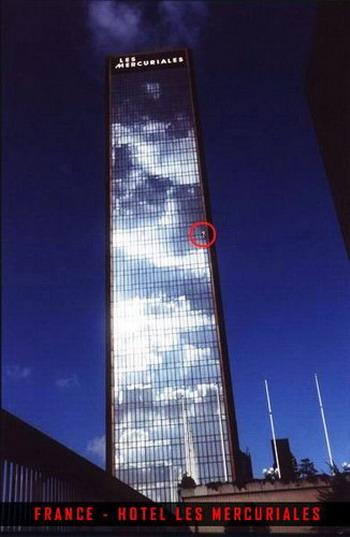 Скалолаз небоскребов: Рис.10