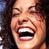 Смех может изменить визуальное восприятие человека
