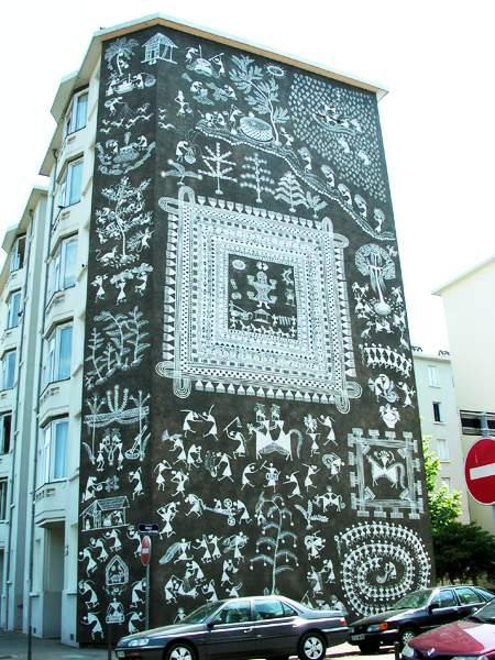 Рисунки на стенах домов: Рис.7