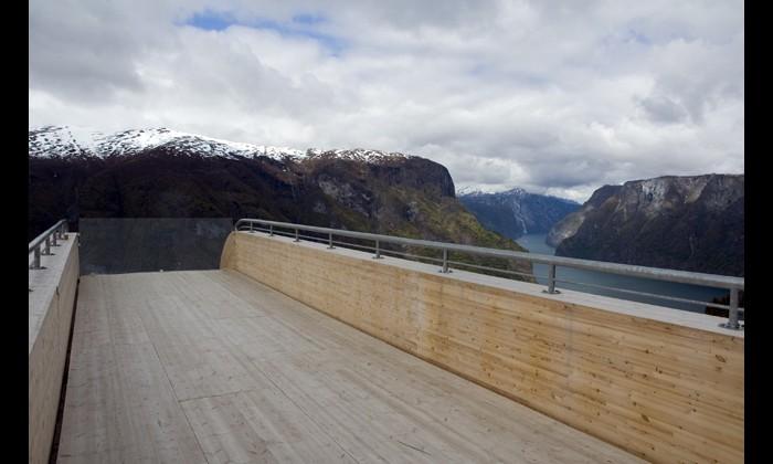 Мост в никуда: Рис.1