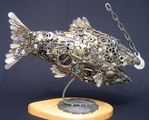 Птицы и рыбы из железных предметов: Рис.8