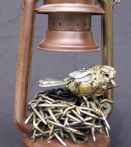 Птицы и рыбы из железных предметов: Рис.13