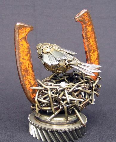 Птицы и рыбы из железных предметов: Рис.21