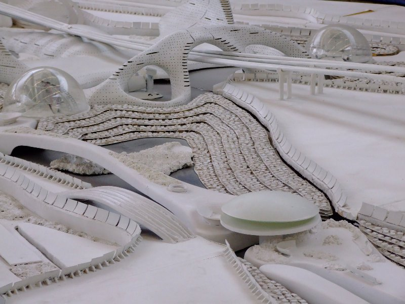 Сберегающий пространство футуристический дом от Луиджи Колани