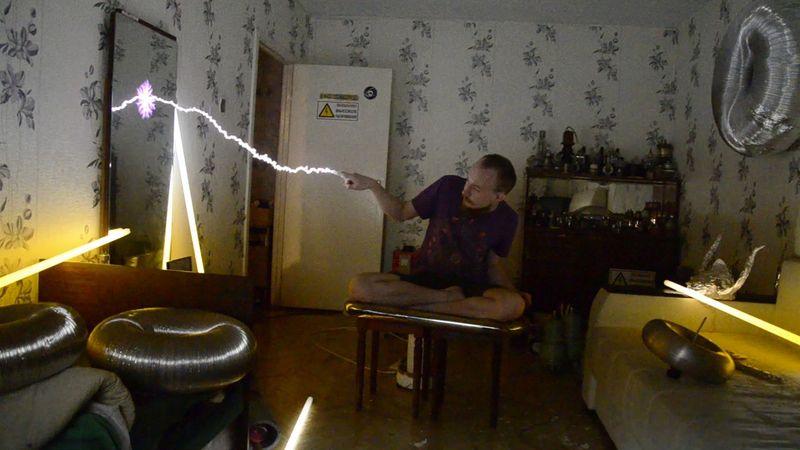 Как сделать молнию в домашних условиях?